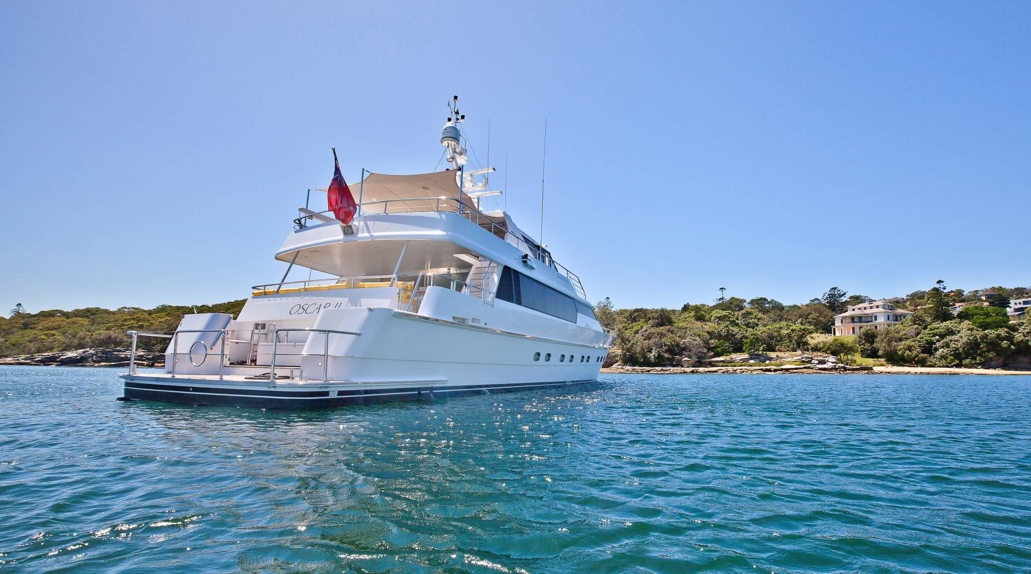 Oscar II - Luxury Yacht Charter - Whitsundays Holidays