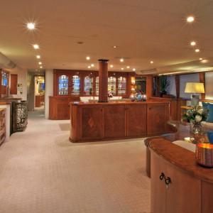 Oscar II yacht whitsundays dining hall