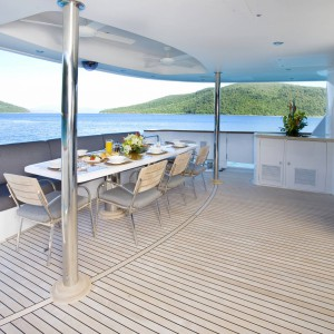 Yacht charters whitsundays outdoor breakfast point