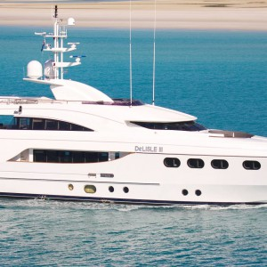 Yacht charters whitsundays aerial