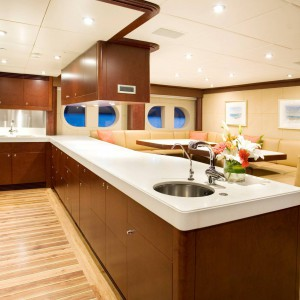 Yacht charters whitsundays guestroom