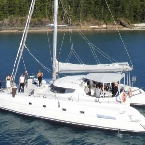 yacht charters whitsundays crowd