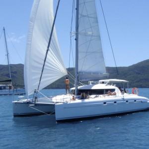yacht charters whitsundays floating lounge