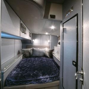 bliss yacht main bedroom